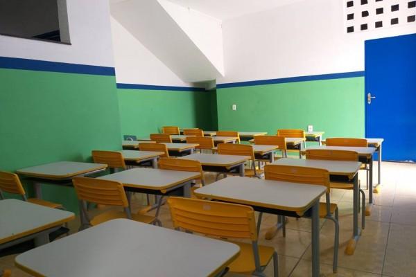 VISITA A OBRAS E VISTORIA EM UNIDADES EDUCACIONAIS