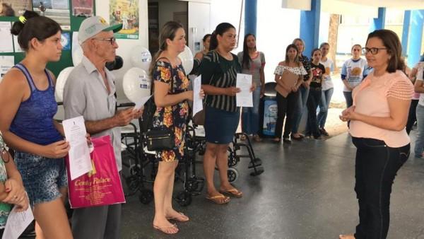 ASSISTÊNCIA À SAÚDE: CADEIRAS DE RODAS E DE BANHO SÃO ENTREGUES EM ITABAIANA