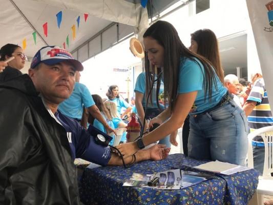 NA BOLEIA COM SAÚDE ABRE PROGRAMAÇÃO DA FESTA DOS CAMINHONEIROS 2019
