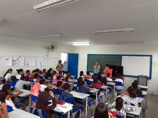CAMPANHA DE COMBATE À VIOLÊNCIA CONTRA A MULHER ACONTECE EM ITABAIANA
