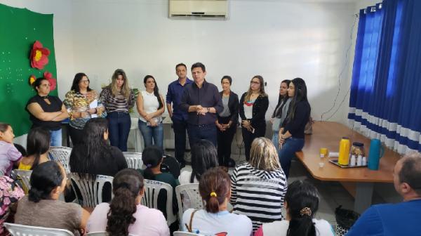 NOVOS PROFISSIONAIS SÃO EMPOSSADOS NA SECRETARIA DE DESENVOLVIMENTO SOCIAL